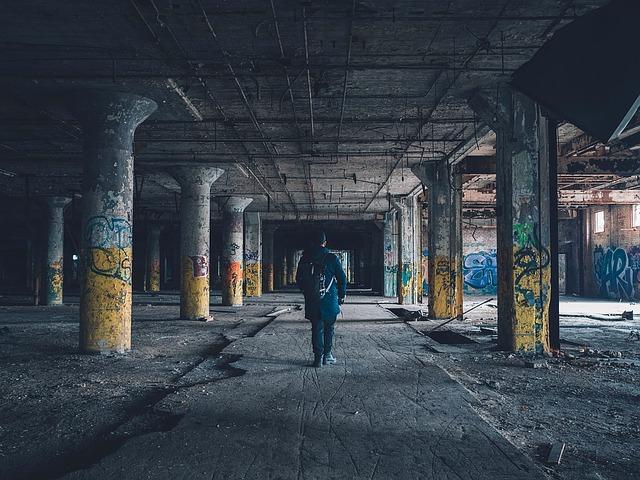 urban-decay-1209689_640